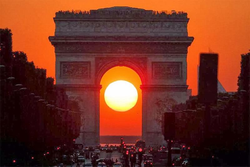 Coucher de soleil et le lever du soleil paris le samedi 8 avril 2017 tv total - Lever et coucher du soleil paris ...