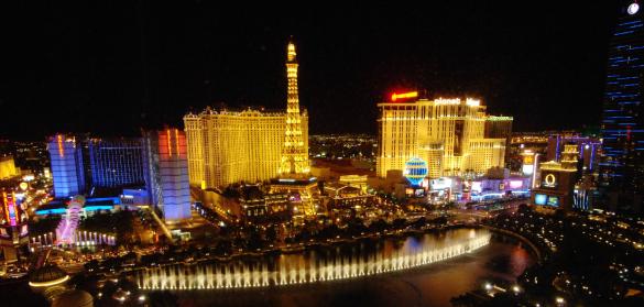 Resultado de imagem para Las Vegas à noite